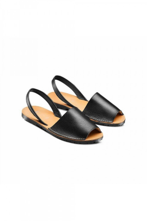 BATA MINORCHINA SANDAL WITH OPEN TOE AND BACK STRAP. REAL LEATHER MAT