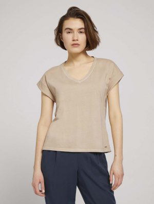 v-neck tee with garment d, dune beige, L