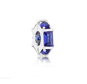 Ice cube silver spacer with sea blue crystal