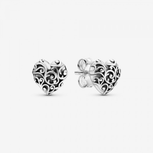 Regal pattern heart silver stud earrings